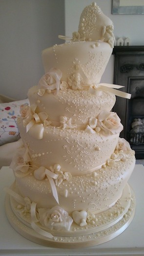 Simply Sweet wedding cake 44