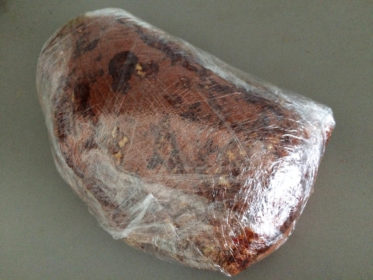 Pulled Pork vom Gasgrill eingepackt