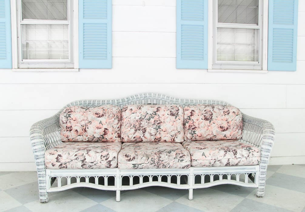 Painting Outdoor Cushions