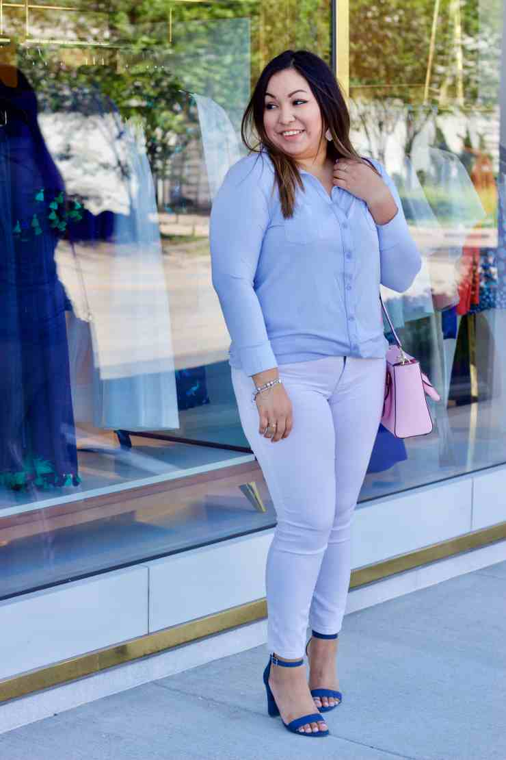 blue top, blue shoes, white jeans, spring outfit