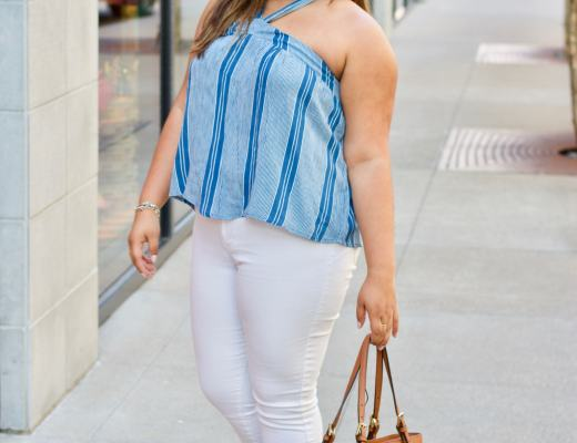 summer colors, blue and white, white jeans, blue and white top