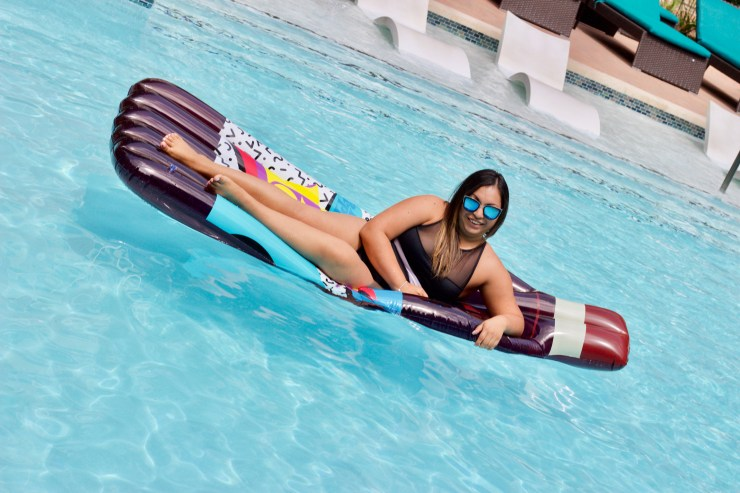 summer guide, summer party guide, cute summer swim suit, fun summer party, summer pool floats, cute pool floats, summer with dr pepper