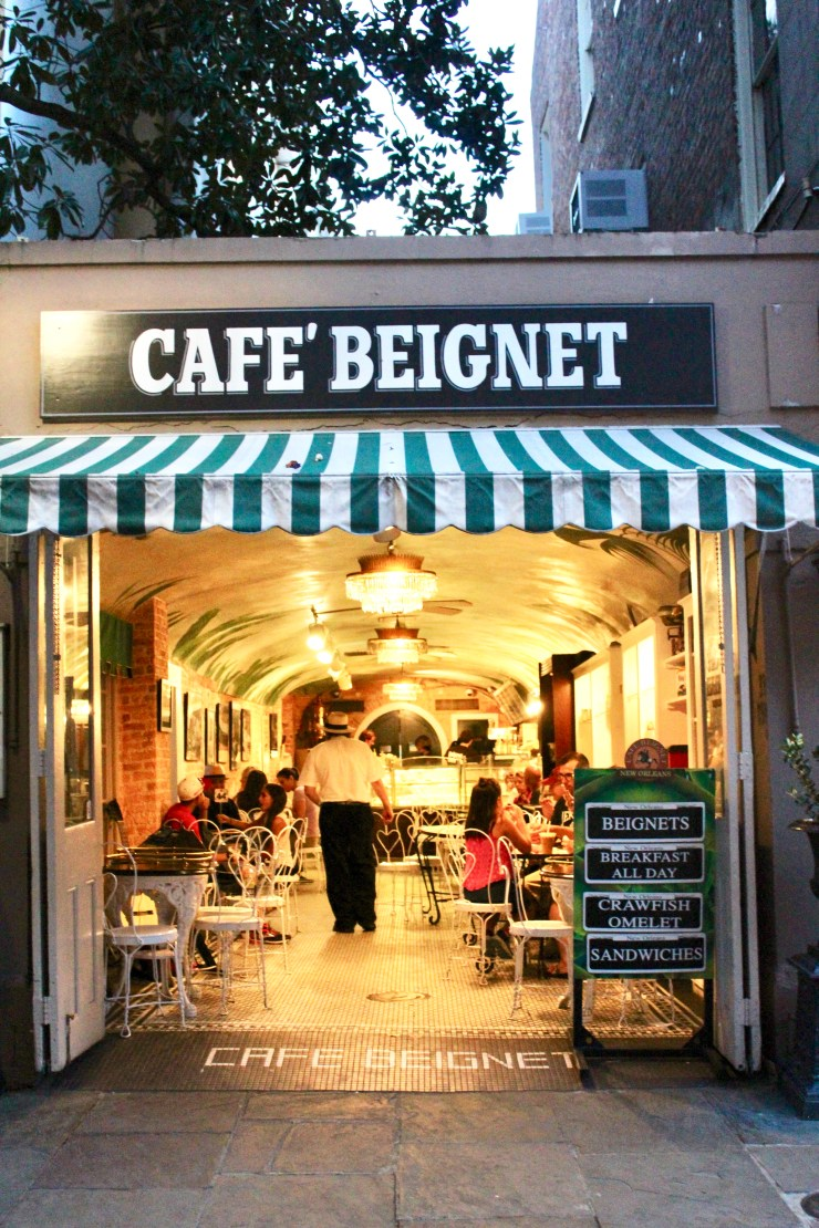 new orleans, visiting new orleans, what to eat in new orleans, food in new orleans, what to eat in new orleans, where to stay in new orleans, cafe beignet, drip adffogato bar, willa jean, dragos restaurant, royal house oyster bar