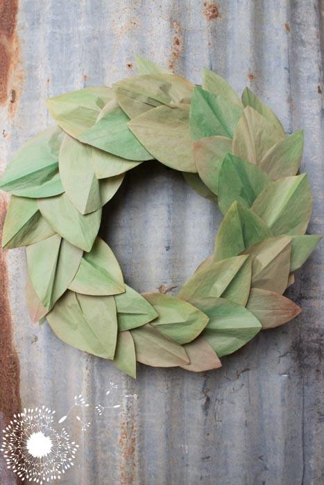 DIY Faux Magnolia Leaf Wreath {www.lovelyweeds.com}