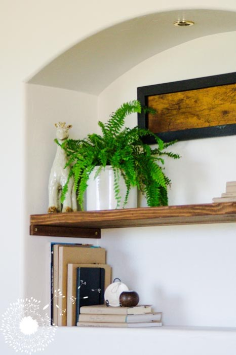 The world's simplest shelving {www.lovelyweeds.com}