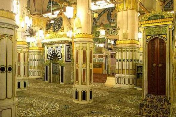 HasanalBasriRA_URS-Prophetswsmosquew