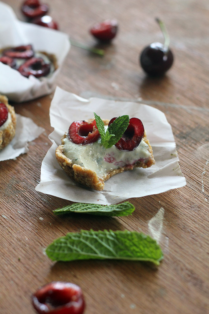 vegan no bake mint cherry tarts | love me, feed me