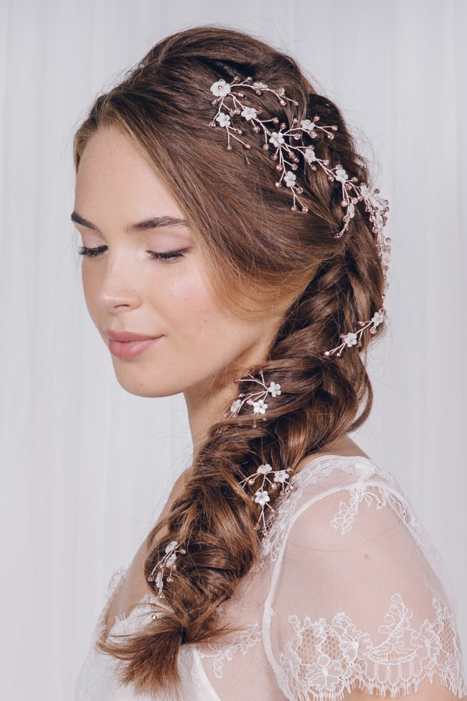 a guide to bridal hair accessory styling with debbie