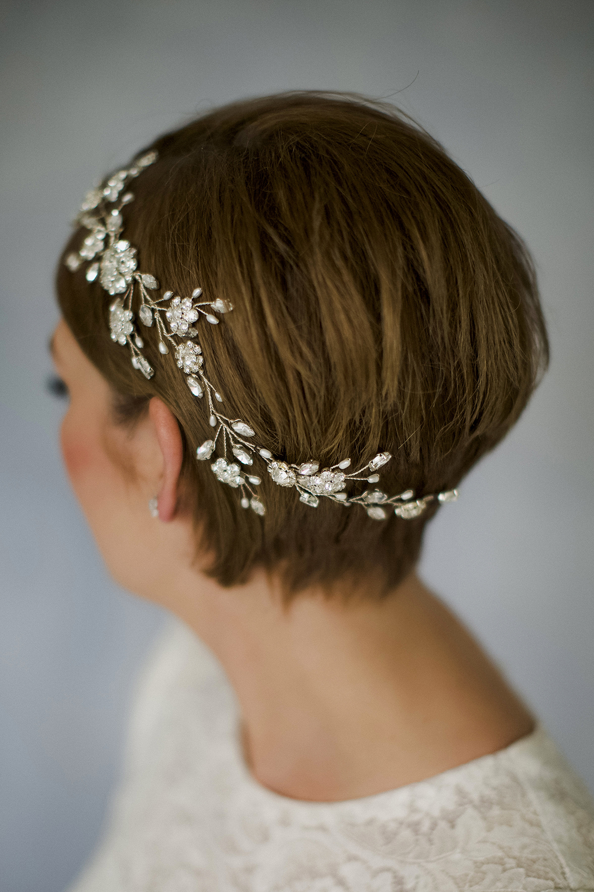 Accessory For Hair: How To Style Wedding Hair Accessories With Short Hair