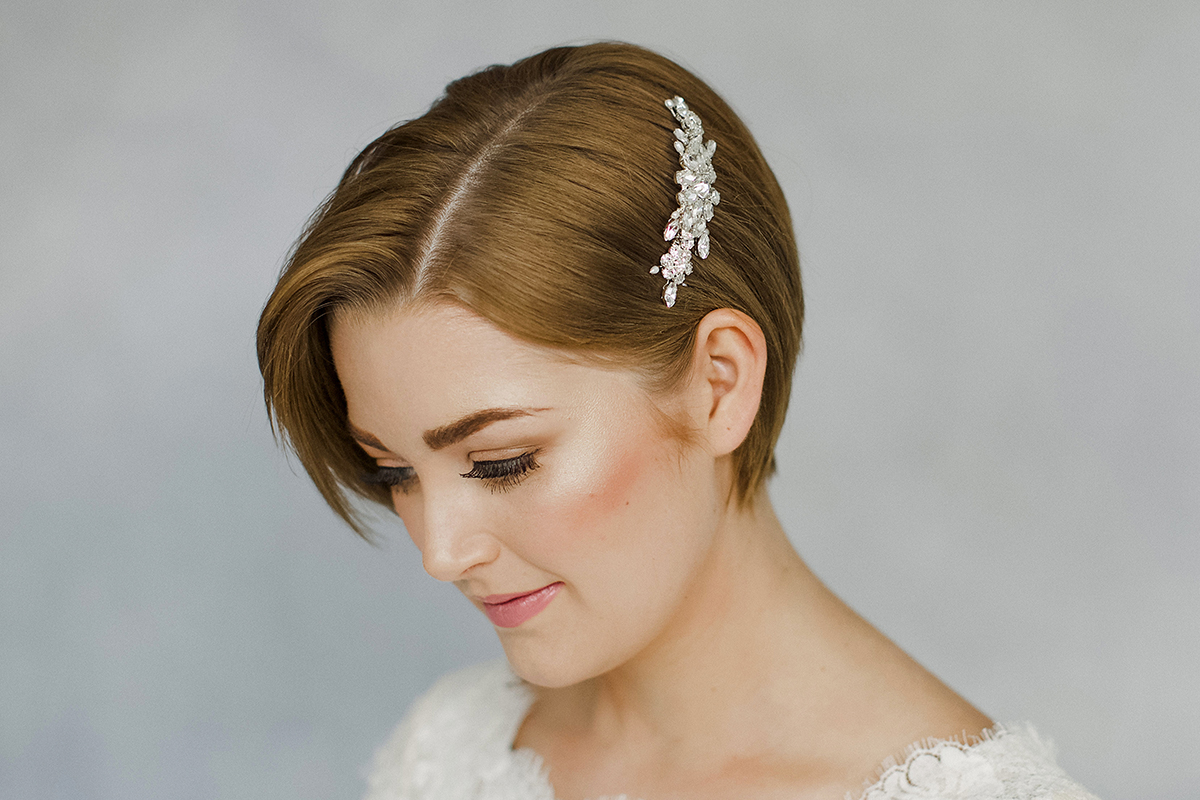 25 Prettiest Lace Bridal Hairpieces & Headpieces for Your ... |Very Short Hair For Wedding Headpieces