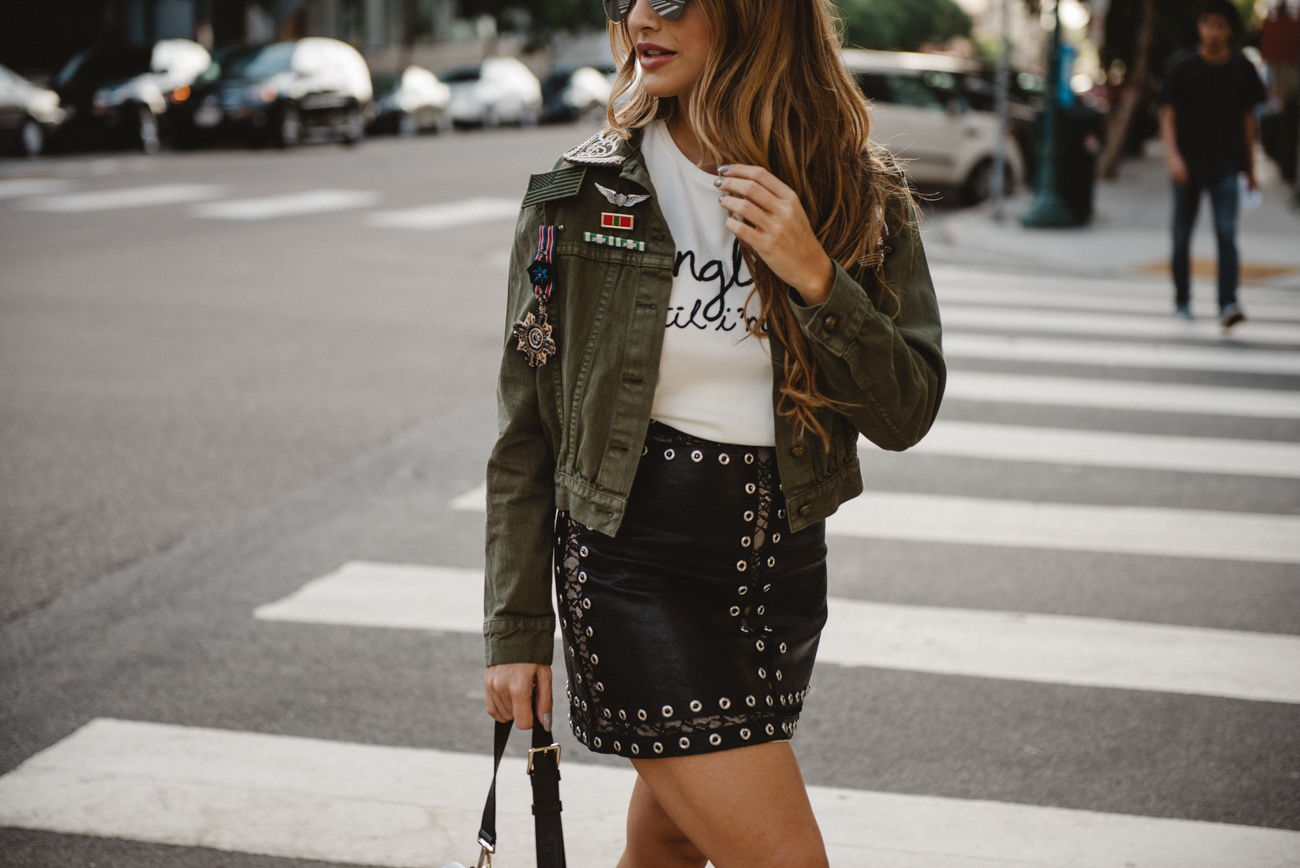 Alice and Olivia Outfit