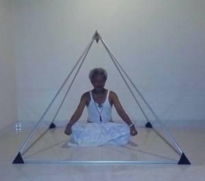瞑想ピラミッド