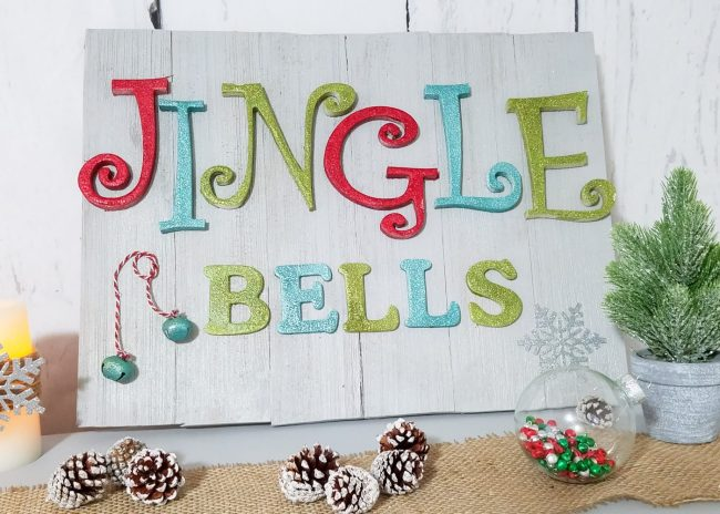 DIY Glittery Wooden Holiday Sign