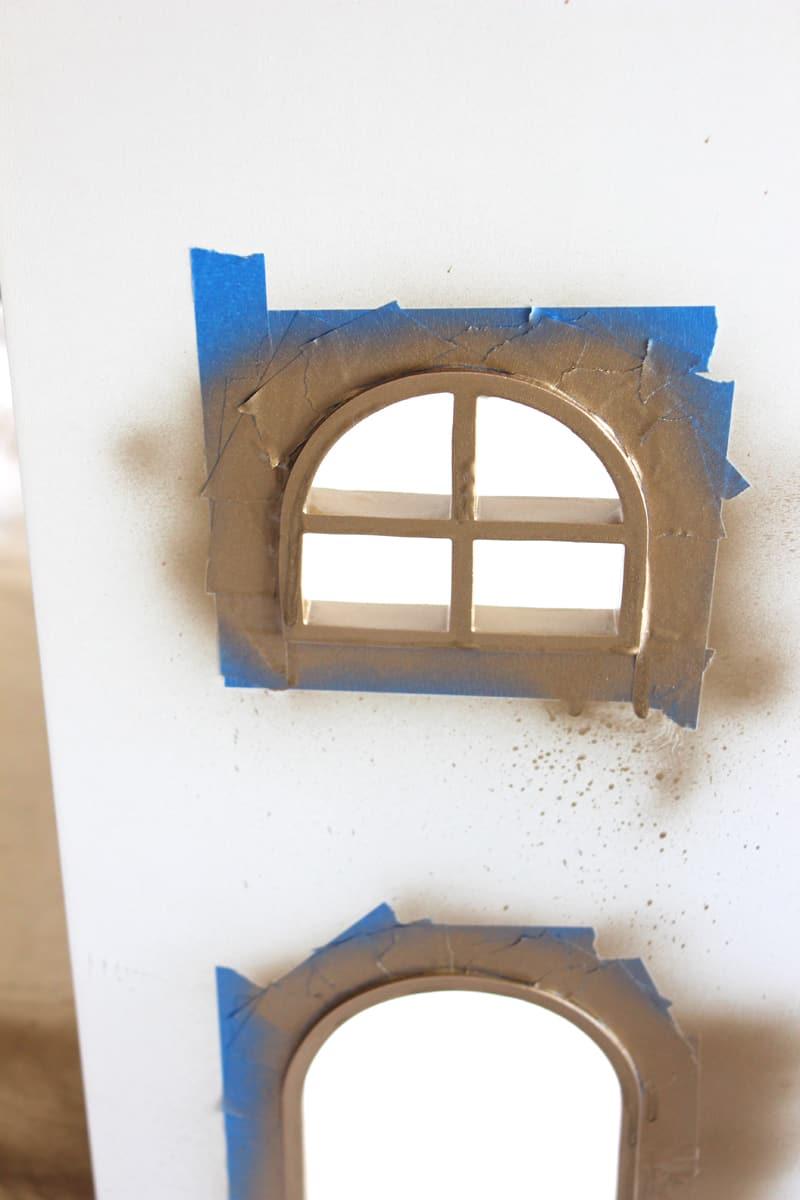 Spray paint gold on bookshelf, spray paint gold, updating bookshelf for tween bedroom