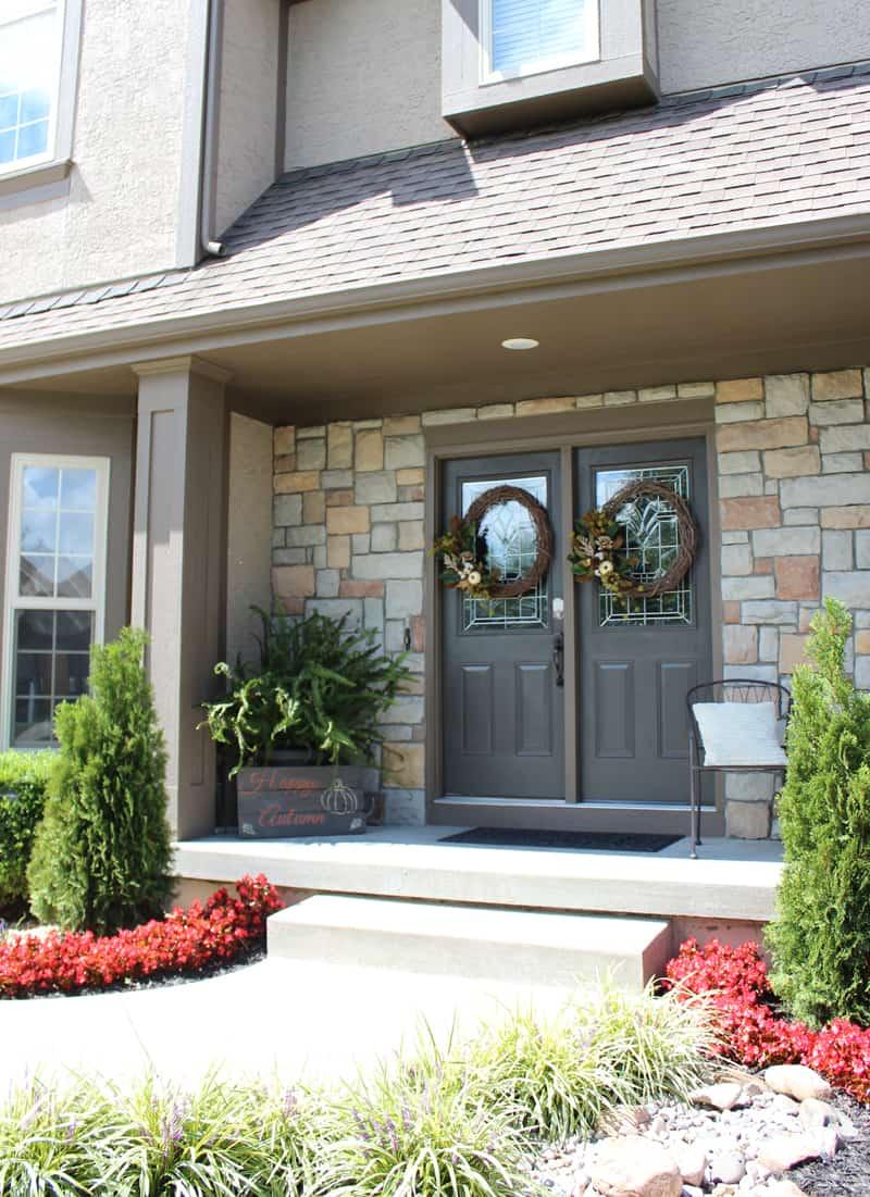 DIY wreaths, Front door wreaths, Fall front door wreaths, grape vine wreaths, Urbane Bronze front doors