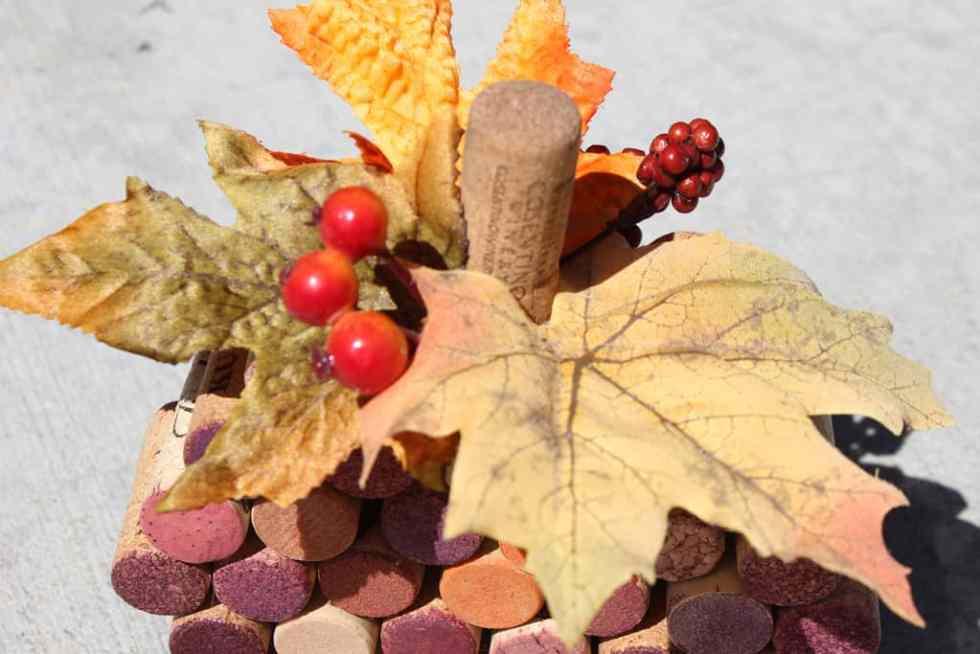 winecork pumpkin DIY, Fall craft, Watercolor paint craft
