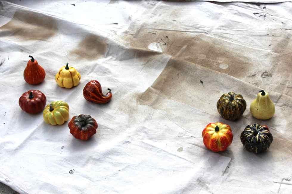 DIY Pumpkins with paint, spray paint on pumpkins, acrylic paint on pumpkins, fall decor