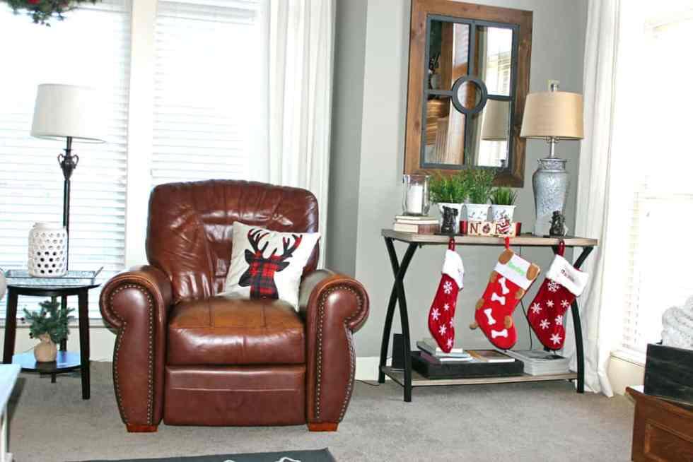 Inexpensive Christmas Pillows, ordering Christmas pillows on Amazon