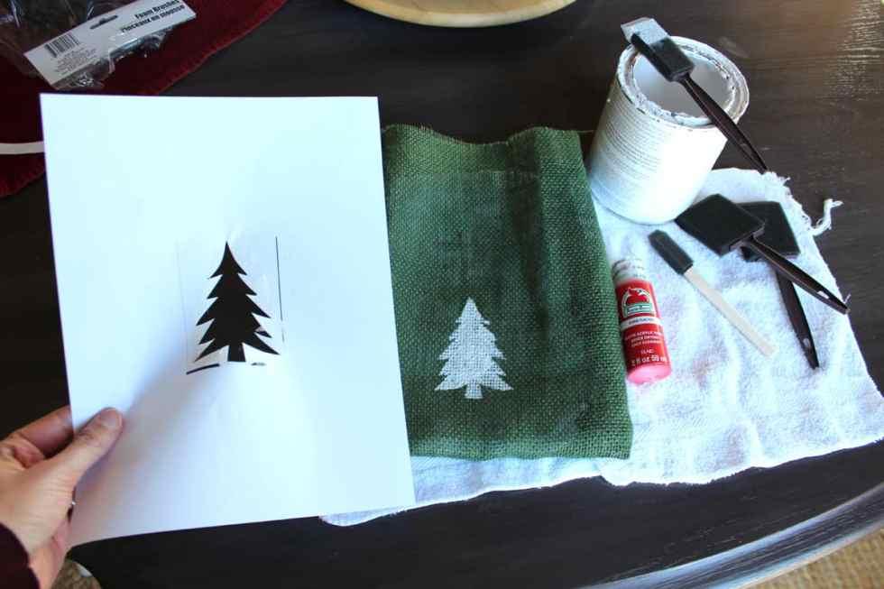 Christmas gift sacks with Christmas tree stencil!