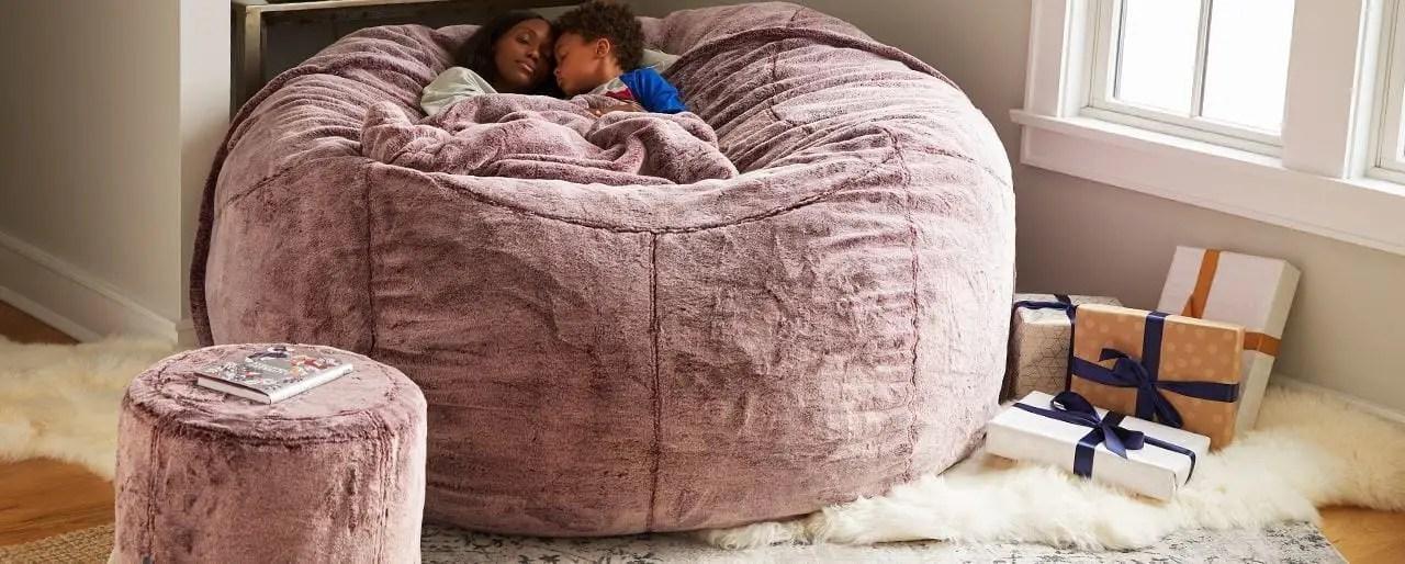 قمة خمارة نحاس huge bean bag chair lovesac