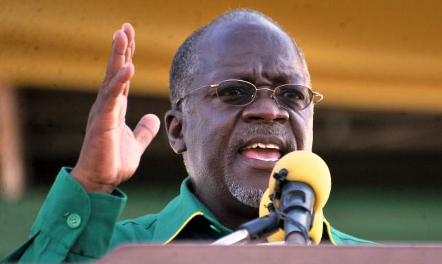 Tanzania's ruling Chama Cha Mapinduzi (CCM) presidential candidate John Pombe Magufuli addresses a campaign rally at Jangwani grounds in Dar es Salaam, October 23, 2015. REUTERS/Sadi Said