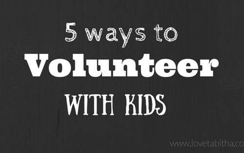 volunteer with kids