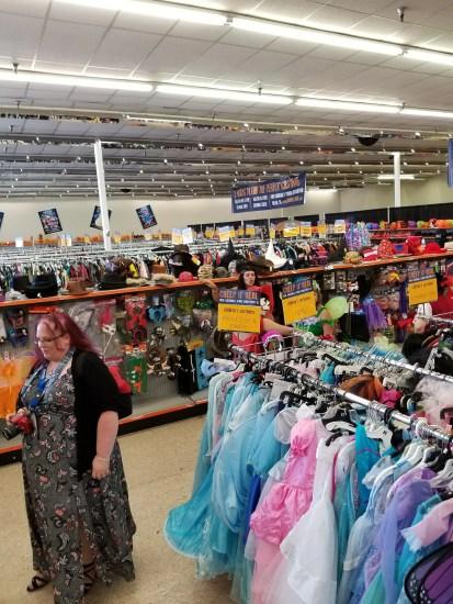 spanaway goodwill halloween store