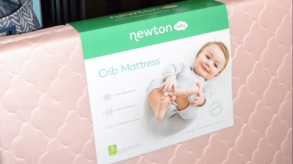 Choosing the best crib mattress for your baby with Newton Crib Mattress