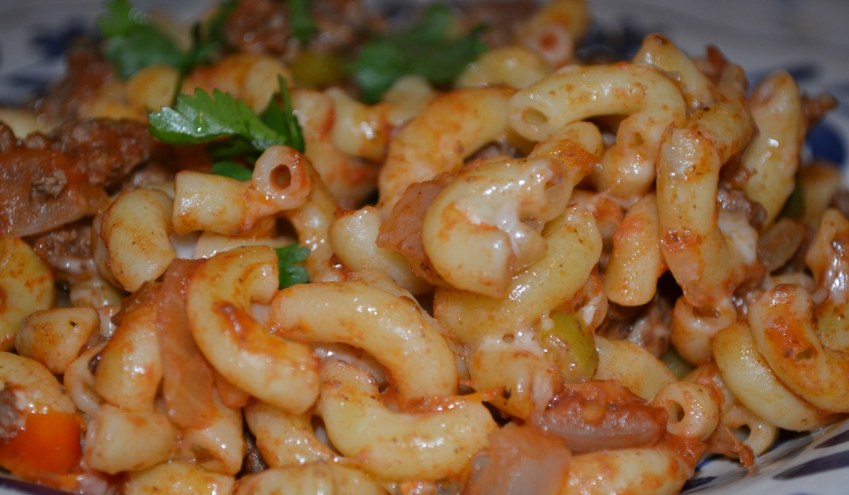 Switch things up on Taco Tuesday with this tasty and easy Taco Pasta recipe!