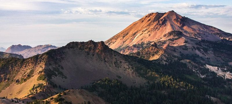 Hiking Lassen Peak Trail