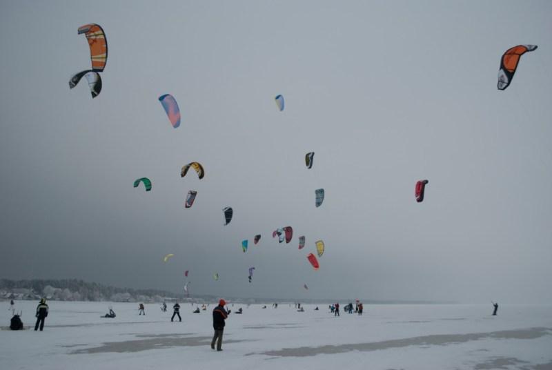 snowkiting, winter activities