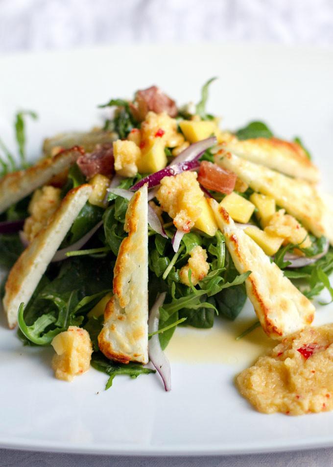 halloumi-chicory-mango-salad