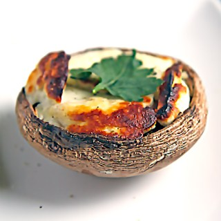 Grilled Portabello Mushroom with Halloumi
