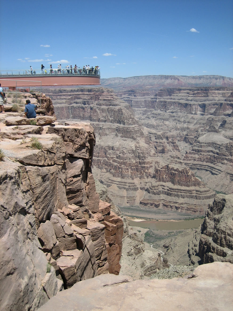 https://i2.wp.com/www.lovethesepics.com/wp-content/uploads/2011/03/Skywalk_grand_canyon.jpg