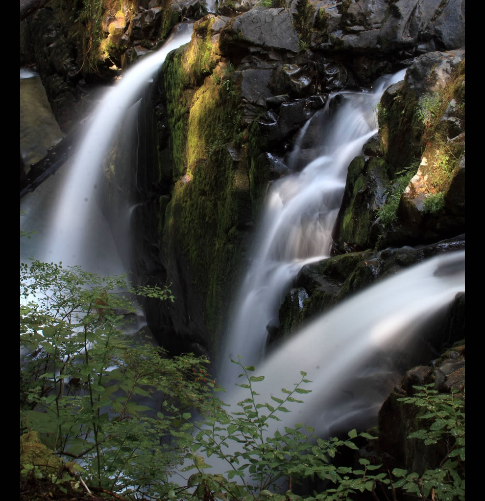 Sol Duc Falls - looks like the Garden of Eden