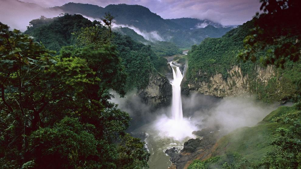 San Rafael Falls, Quijos River, Amazon, Ecuador