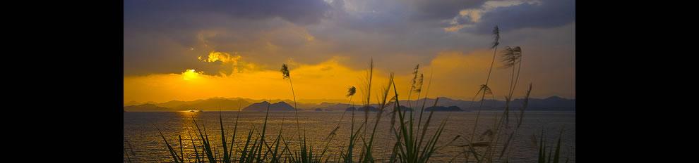 Sunset over the Thousand Island Lake