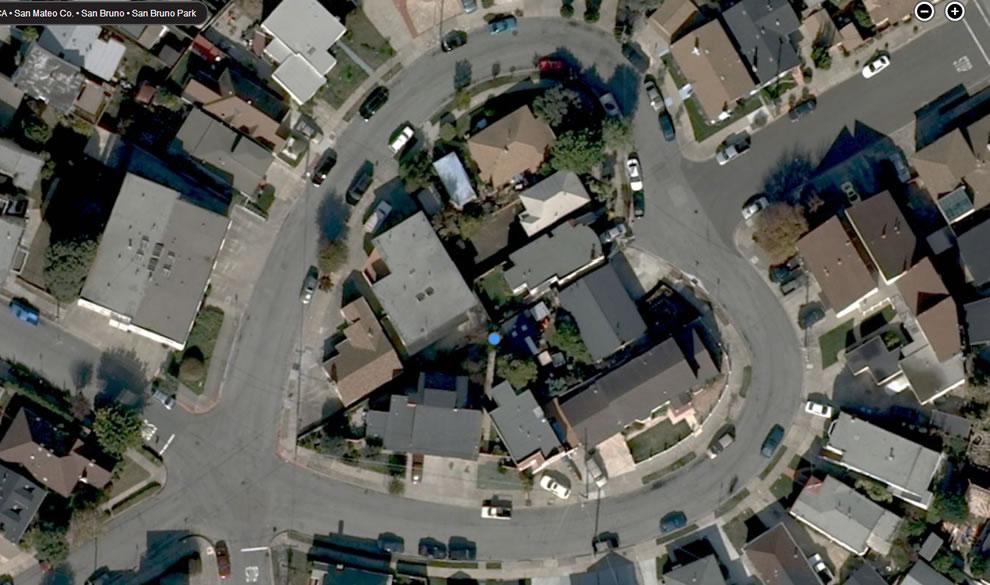 Bing Maps Bird's Eye view: Heart-shaped neighborhood in San Bruno California