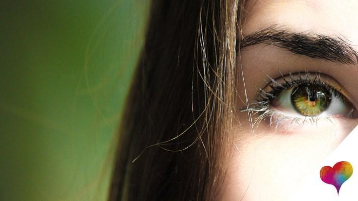 Was hilft gegen Augenfalten