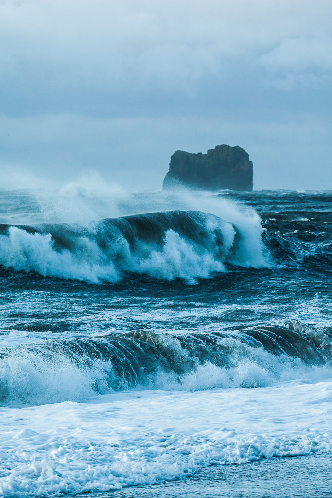Roaring Waves Pictures Photos And Images For Facebook