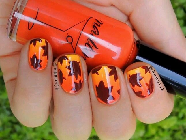 Pretty Autumn Nail Art