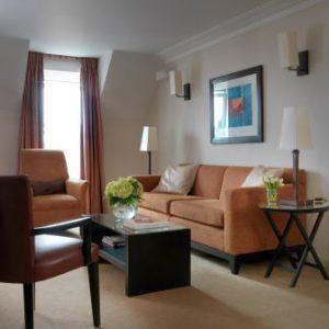 lounge-small