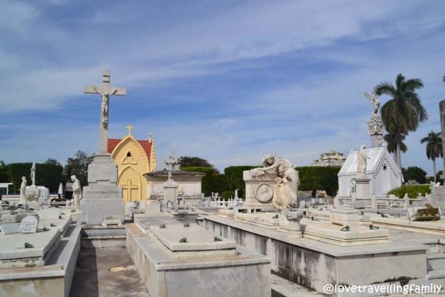 Tombs Necrópolis de Cristóbal Colón, Havana