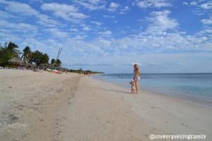 Love travelling family, Playa Ancon, Trinidad, Cuba