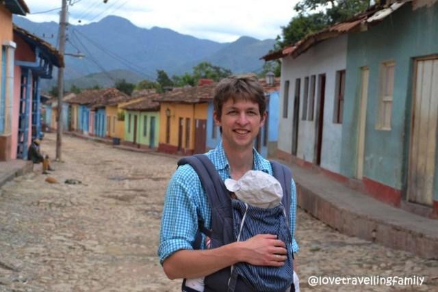 Love travelling family in Barrio Los Tres Cruces Trinidad, Cuba