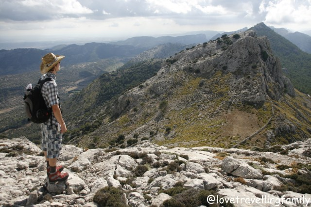 Love travelling family,Trekking in Mallorca, Spain