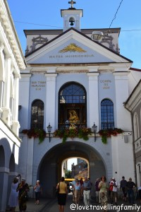 Gate of Dawn Vilnius, Matka Boska Ostrobramska Lithuania with kids Love travelling family