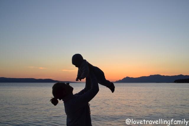 Makarska, Love travelling family. Family travel guide