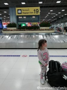 Bangkok with kids. Thailand with family for beginners, Love travelling family, Airport