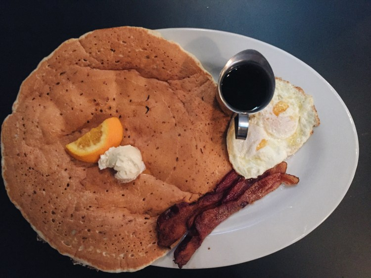 love you more too north dallas blogger plano lifestyle blogger Hash House a GoGo waffles bloody mary mimosa